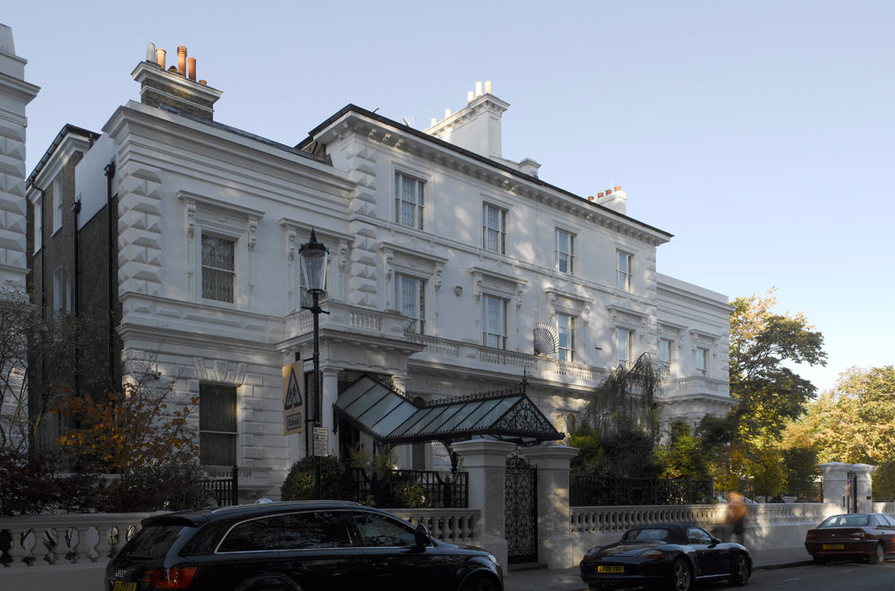 The five-story Grade II listed house in South Kensington has been transformed into a family home suitable for modern day living whilst retaining the key features and historic detailing of the original building. Major renovation works were carried out to a number of bedrooms and bathrooms' including traditional plaster coving that was matched to the original, raised and fielded panelling to walls and bespoke dado and skirtings. The subterranean works under the garden involved major engineering and waterproofing works to provide a new swimming pool, gymnasium, changing rooms, lift and ancillary areas. We provided all mechanical and electrical services.